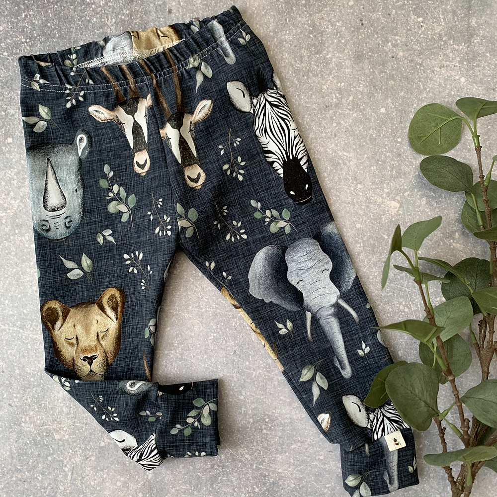 Printed animal leggings