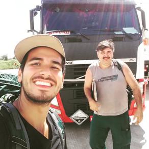 #floresnaestrada / O super-herói de caminhão!
