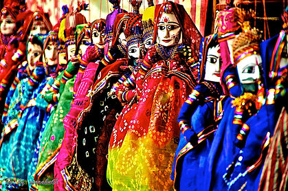 Handicraft Heaven  During the Pushkar Mela numerous make shift stalls offer a variety of traditional treats. For cattle there are items ranging from saddles, saddle-straps and beads to strings of cowries. With so many women around the Pushkar Mela showcases a gamut of traditional silver ornaments, bead necklaces from Nagaur, garments of patchwork, printed textiles from Ajmer, colourful Rajasthani fabrics and footwear alike – a haven for handicraft lovers !