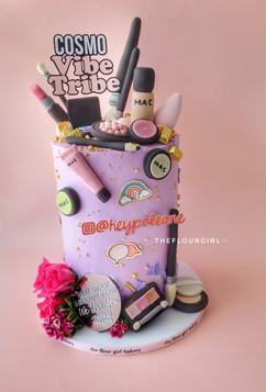 Make-up Themed Cake