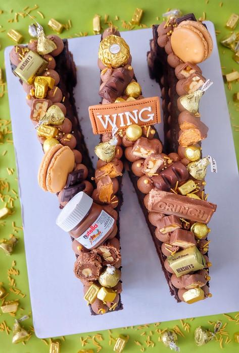 Basic choco nutella single letter monogram cake