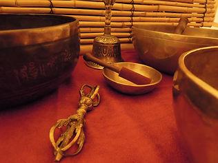 5 Klangschalenmassage-Sitzungen