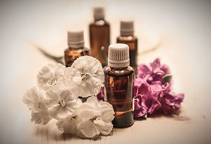 essential-oils-1433692_1920_edited.jpg