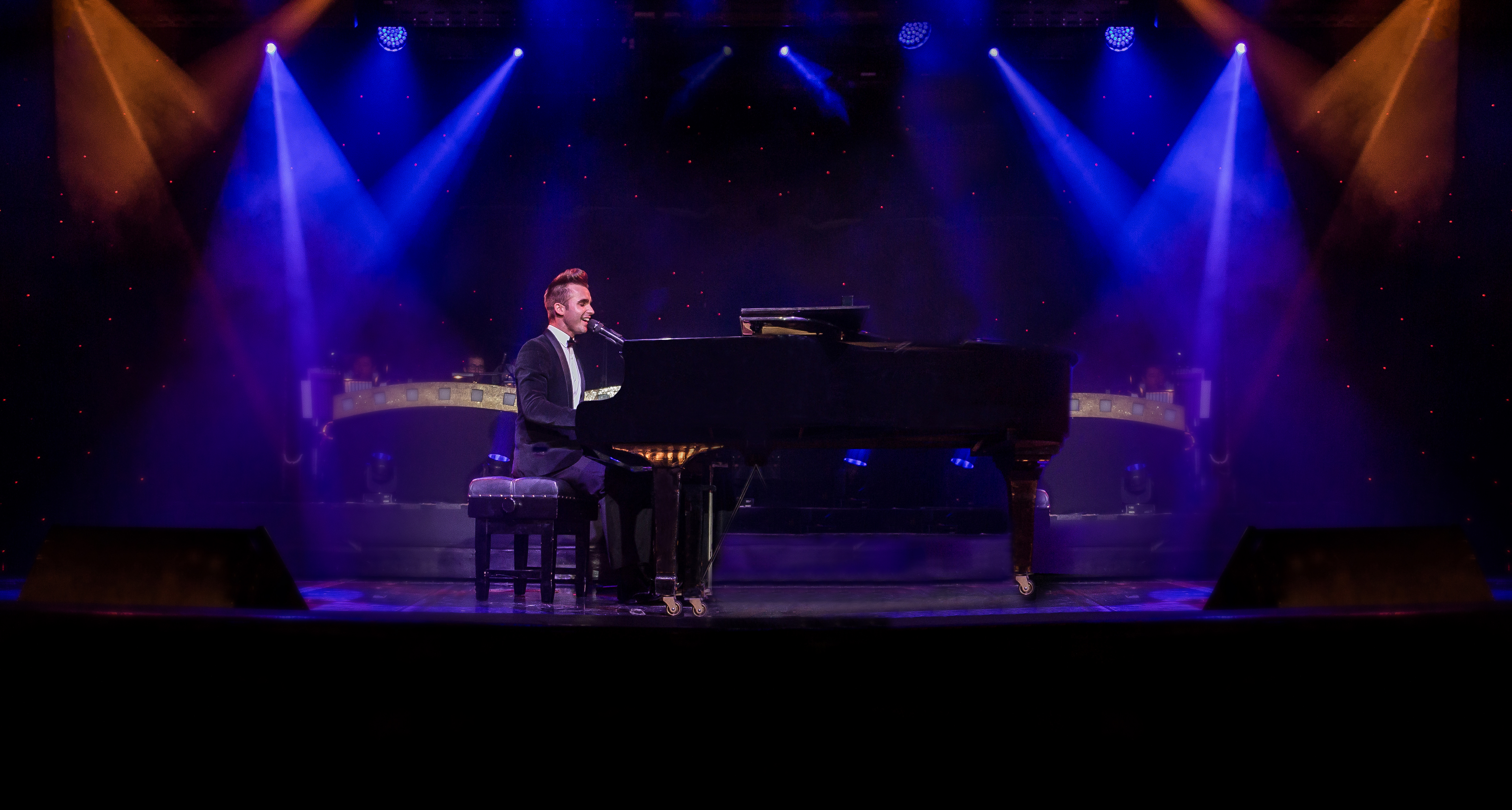 Dean Stansby at Piano