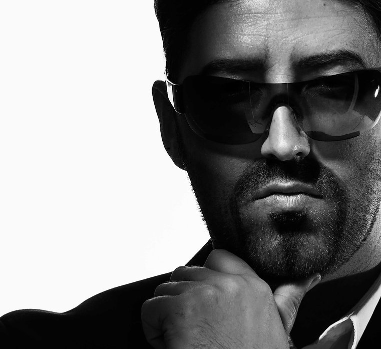 ROSS PETTY AS GEORGE MICHAEL