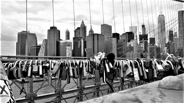 Locks on Brooklyn Bridge
