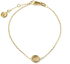 A-Z and 1-9 personalised Min Seal Bracelets with Diamonds