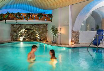piscina per 2.jpg