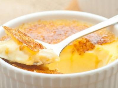 Il dolce più richiesto al ristorante del Cavallino Bianco: la Crema Catalana