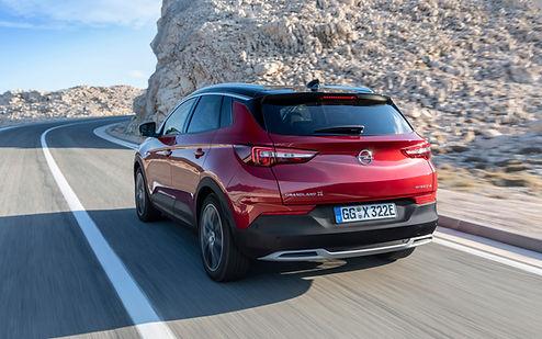 Opel-Grandland-X-Hybrid4-506787.jpg