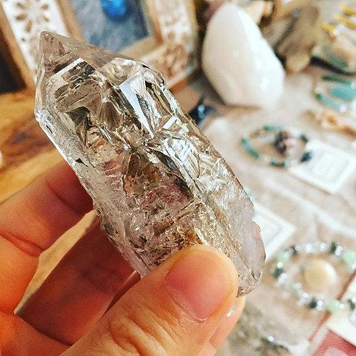 雲南省産水入りエレスチャル水晶