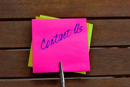 contact-us-2355449_1920_pixabay.jpg