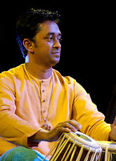 Pandit Vikash Maharaj, Vikash Maharaj