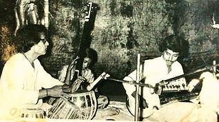 MaharajTrio, Prabhashmaharaj,maharaj,vikashmaharaj,panditvikashmaharaj,sarod,sitar,tabla,Nankumaharaj,bengaltiger,tablarishi,concertinculcutta,kolkata,