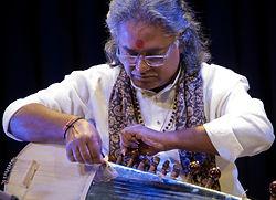 Pandit Vikash Maharaj, Vikash Mahara