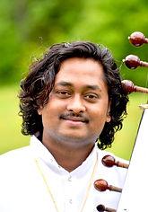 Vishal,Pandit Vikash Maharaj, Vikash Maharaj