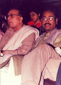 Panditvikashmaharaj,vidyanivasmishra,padmabhushan,sarod,varanasi,ganagamahotsav,writer,founder,Maestro,