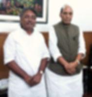 Vikash Maharaj with Rajnath Singh, Defence Minister, India, Pandit Vikash Maharaj, Padma Award, Yash Bharati, Kashi, Varanasi, Benares, Banaras, Banaras Gharana
