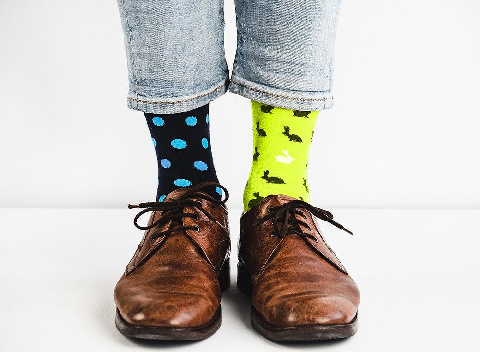 BWHM-Call-to-Action-Kontakt-Beine-Socken