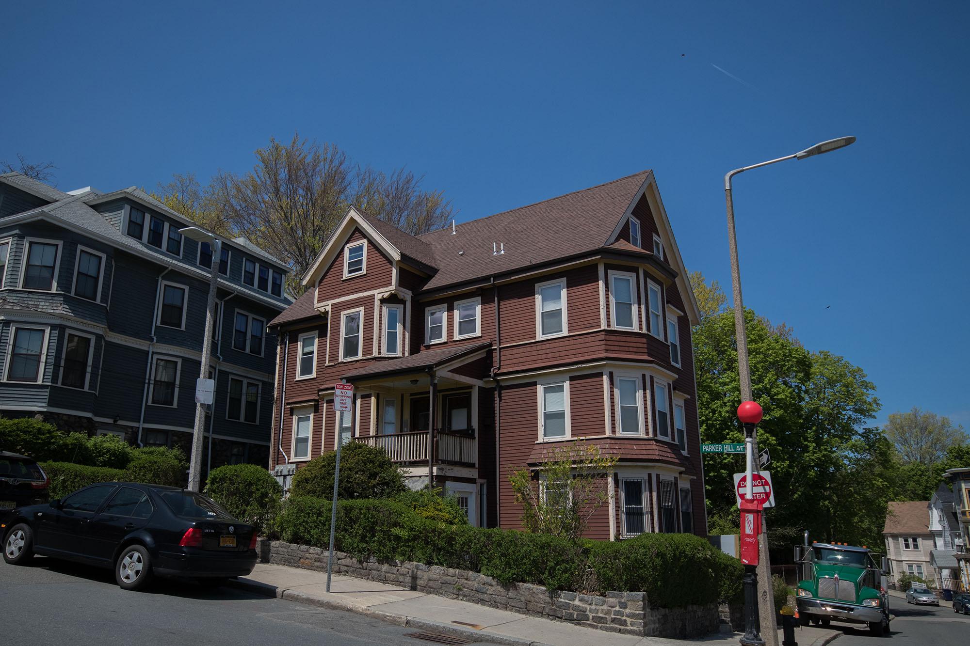 813 parker street -8