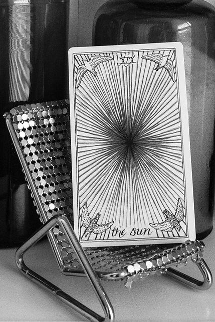 The Poet's Tarot - Interior 2x2-16.jpg