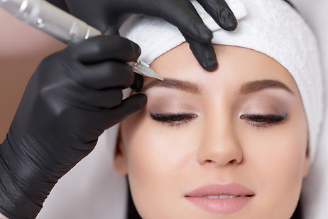 Permanent makeup. Permanent tattooing of
