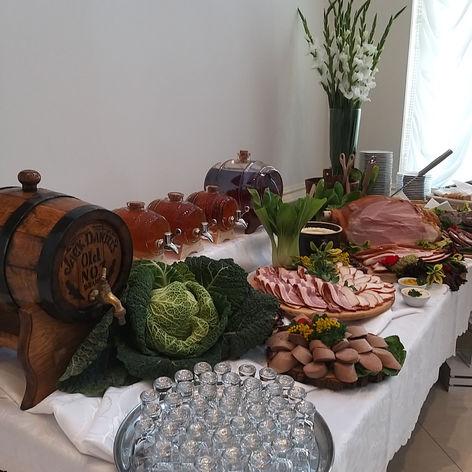 stół wiejski golden palace jedzenie