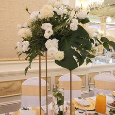 wesele w stodole golden palace kwiaty