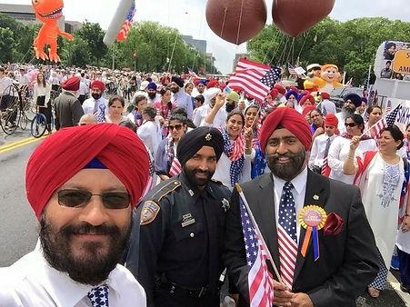 Deputy Represents HCSO at Fouth of July Parade
