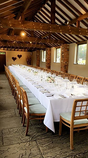 Courtyard Barn banqueting table - DH pho