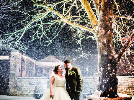 How to nail a Winter Wedding at Dodmoor House