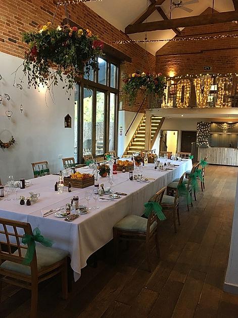 Catesby Barn banquet table 15.jpg