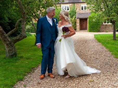 Nicola and Steven's Summer Wedding