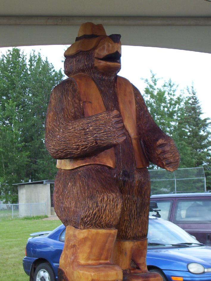 Nyal's bear waiting for a rod.JPG