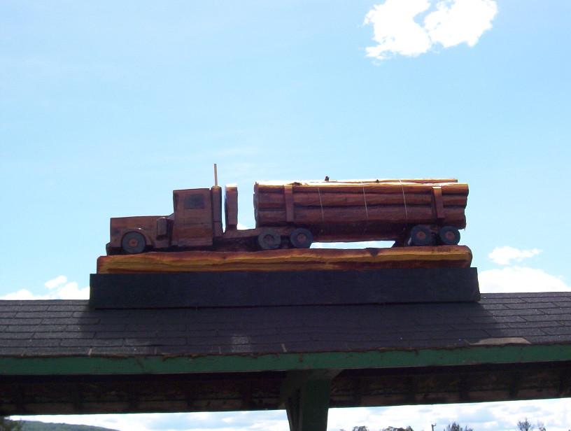 Logging Truck 2006.jpg