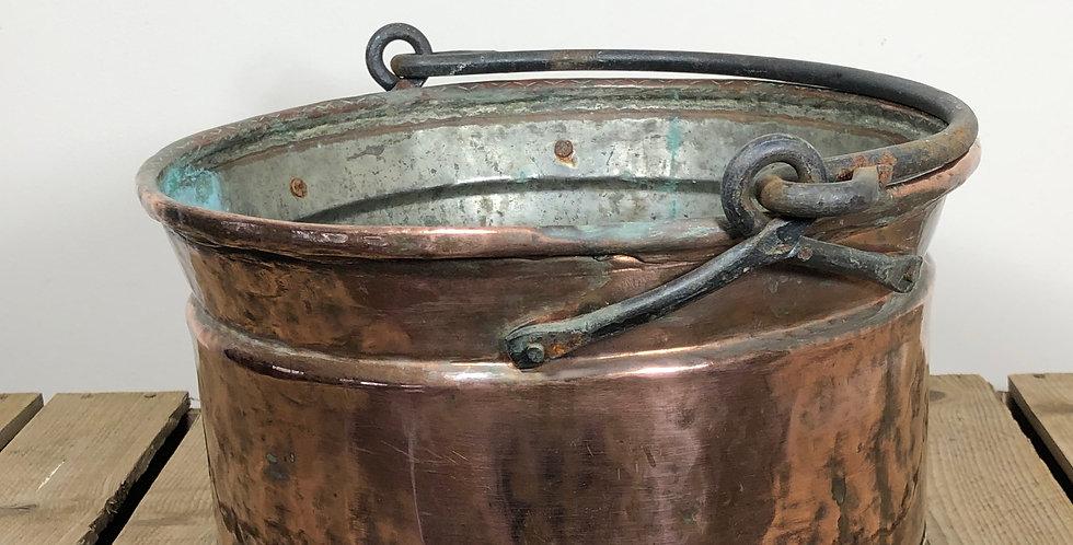 Copper cauldron pot 1