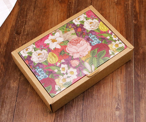 Color folower printed brown Kraft paper gift boxes for gift packaging