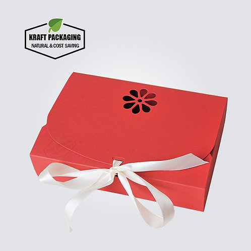 Silk ribbon closure design RED Kraft favor gift boxes packaging