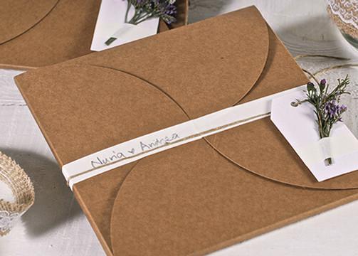 Custom Kraft wedding invitation boxes
