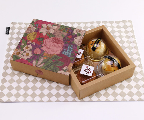 Small drawer style full color printed Kraft paper gift boxes for mooncakes