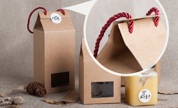 Kraft paper box with nylon rope and PET window in front