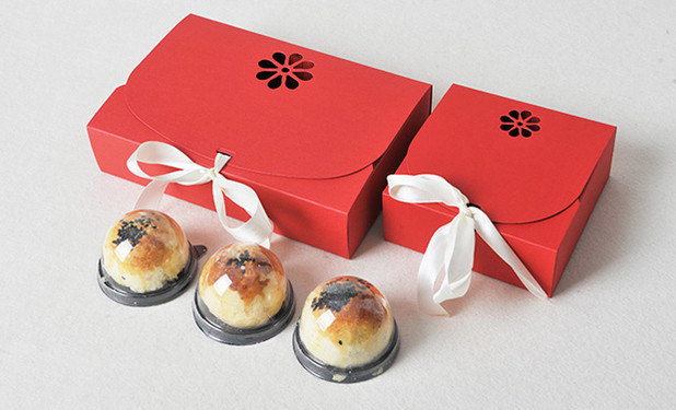 Wholesale favor gift boxes with ribbon
