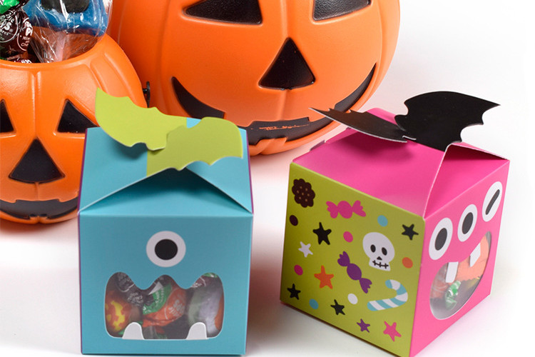 Window Style Halloween favor boxes
