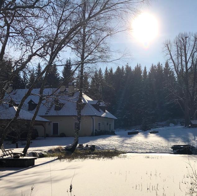 Forsthaus in Wintererstarrung
