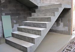 Precast-Concrete-Stair-Column-Production