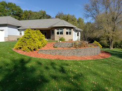 Red Mulch and Weed Cleanup