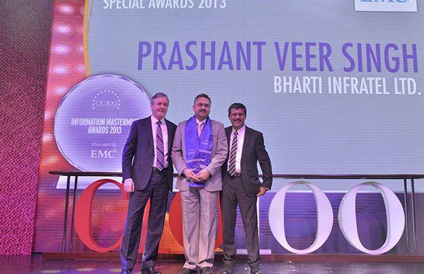 Information Mastermind: Prashanth Veer Singh, CIO & CISO, Bharti Infratel receives the CIO100 Special Award for 2013 from David Webster, President-APJ, EMC India and Rajesh Janey, President-India and SAARC, EMC.