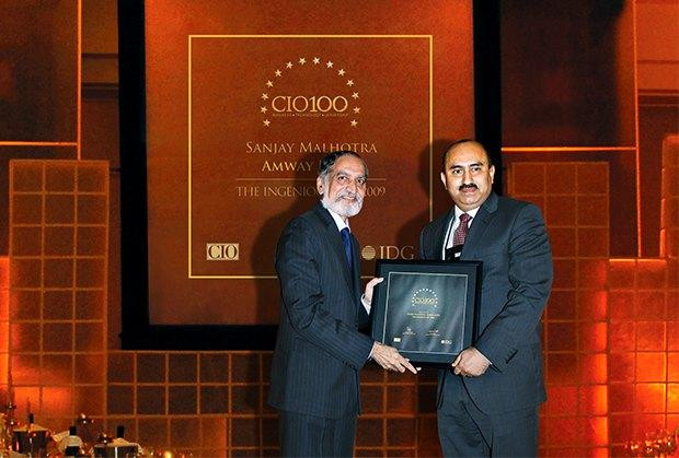 The Ingenious 100: Sanjay Malhotra, VP-IT, BS and Ebiz of Amway India Enterprises receives the CIO100 Award for 2009