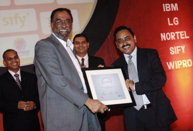 The Bold 100: Laxman Badiga, CIO of Wipro Infotech receives the CIO100 Award for 2008