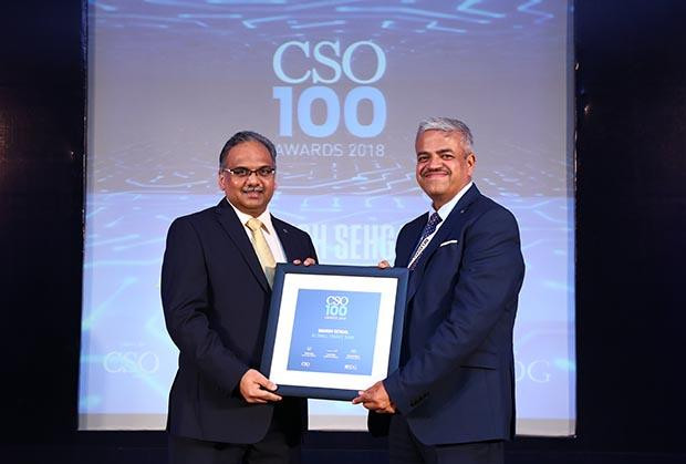 Manish Sehgal, Chief Information Security Officer, AU Small Finance Bank receives the CSO100 Award for 2018